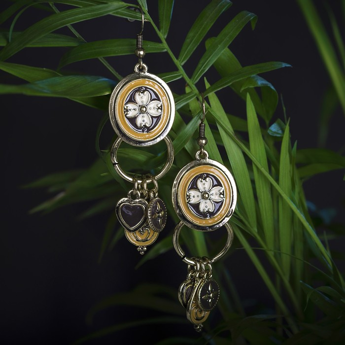 Серьги эмаль Арио, цвет коричневый в золоте